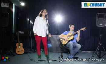 Betania Crespo en el Salón Azul - Diario EL CHUBUT