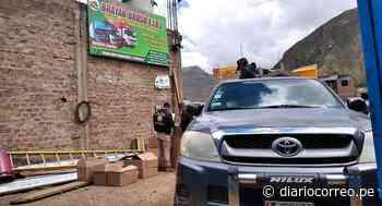 Intervienen cochera en Huancavelica e incautan alcohol ilegal - Diario Correo