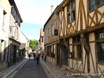 Provins : la cité médiévale ouverte aux visiteurs... munis de masques - Le Parisien