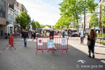 """Meteen sfeer op maandagmarkt van Hoboken: """"We hebben het gehad met de supermarkt"""" - Gazet van Antwerpen"""