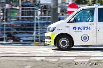 15-jarige opgepakt met gestolen bromfiets in Hoboken - Gazet van Antwerpen