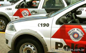 Carro roubado é localizado meio a área rural de Jaboticabal; E mais: traficante é preso - Rádio 101FM