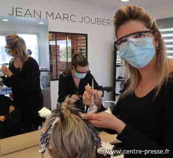 Les coiffeurs de la Vienne ont augmenté leurs tarifs d'1,50 à 6 € - Centre Presse