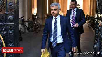 Sadiq Khan accuses government over 'misleading' bailout statement