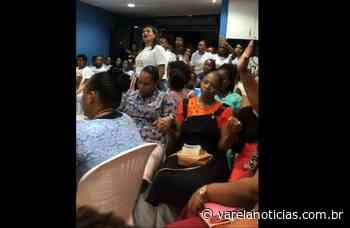 Vídeo: Igreja em Lauro de Freitas causa aglomeração - Varela Notícias