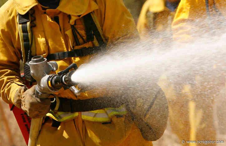 2 sustain minor burn injuries in Garden Grove fire