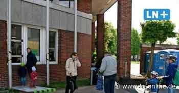 Leihmedien in der Coronakrise - Bücherei Schwarzenbek gibt Medien aus - Lübecker Nachrichten