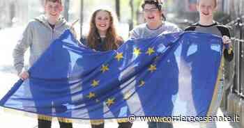 Festa dell'Europa, Longiano colora il castello di blu - Corriere Cesenate