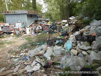 Carsoli: Forestali sequestrano discarica abusiva - Info Media News
