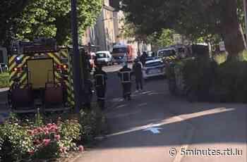 Les voisins inquiets: Un homme perd les pédales à Hagondange - RTL 5 Minutes
