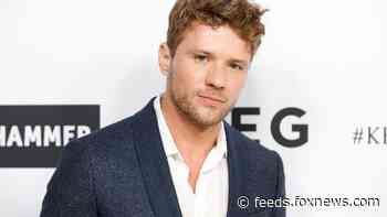 Ryan Phillippe flashes abs while sharing how he feels about coronavirus quarantine