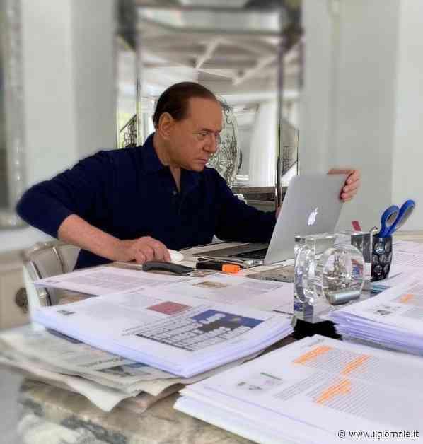 """Berlusconi: """"Un anno senza tasse. Il centrodestra cresce"""""""