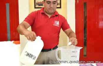 Enseñan bomberos de Ixtapaluca cómo hacer y utilizar desinfectante - Quadratín Michoacán