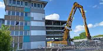 Ehemaliges Metro-Bürohaus in Sarstedt wird abgerissen - www.hildesheimer-allgemeine.de