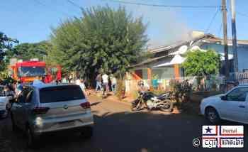 Corpo de Bombeiros combate incêndio em residência de Palotina - CGN