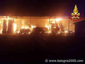 Grosso incendio di fienile a San Giovanni in Persiceto - Bologna 2000