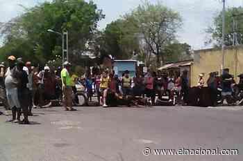 Cerraron la carretera Charallave-Cúa para exigir restitución del servicio de agua - El Nacional