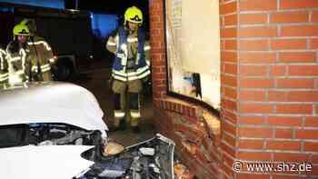 Unfall in Geesthacht: Mercedes-Fahrer rast in Gebäude im Stadtzentrum   shz.de - shz.de