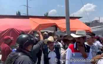 Policía desaloja a doscientas personas aglomeradas en palenque clandestino en Ecatepec - La Prensa