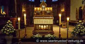 So läuft die Pfingstnovene in Mettlach ab Grab des Heiligen Lutwinus in Corona-Zeiten ab - Saarbrücker Zeitung
