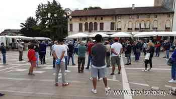 Mercato di Oderzo, protesta degli ambulanti in piazza: «Postazioni stravolte» - TrevisoToday