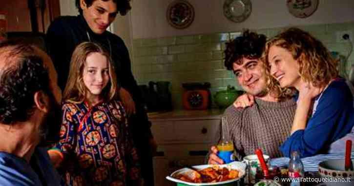 Coronavirus, otto film italiani per otto settimane su Rai Play. Si inizia con Magari, racconto intimo e disfunzionale di Ginevra Elkann
