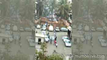 Exclusive Video: Versova residents violate the 'lockdown' rules by playing Kho-Kho | Versova - Mumbai Live