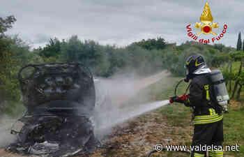 Poggibonsi Auto incendio Il Pino Vigili Del Fuoco - Valdelsa.net