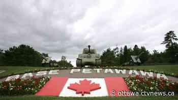 Garrison Petawawa to salute frontline workers in Renfrew County tonight - CTV News Ottawa