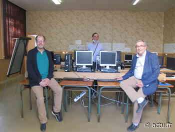 La Ville de Grandvilliers donne seize ordinateurs au centre social - actu.fr