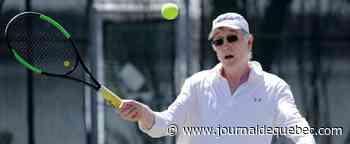 COVID-19: des amateurs de tennis comblés par la réouverture des terrains