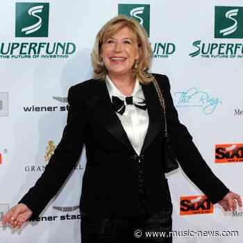 Marianne Faithfull praises her hospital carers