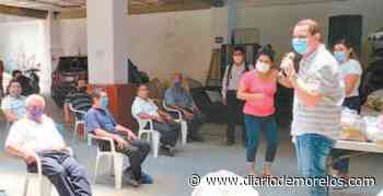 Apoya alcalde de Jojutla con despensas a taxistas del municipio - Diario de Morelos