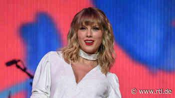 Neuer bunter Look: SO sieht Taylor Swift nicht mehr aus - RTL Online