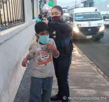 Entregan cubrebocas a niños de tianguis en Atlixco y genera polémica - Municipios Puebla