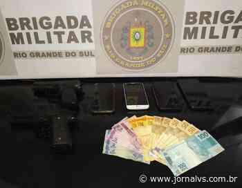 BM prende casal suspeito de cometer roubos a pedestres em Esteio - Jornal VS
