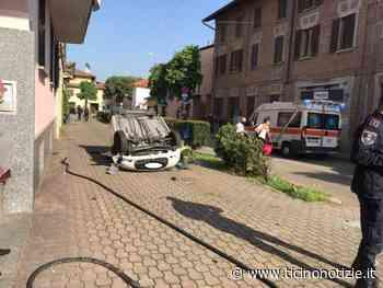 Vittuone: donna perde il controllo dell'auto e si ribalta, finisce all'ospedale di Magenta - Ticino Notizie