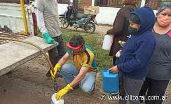Entregaron barbijos y escarapelas en un comedor del Lomas del Mirador - El Litoral