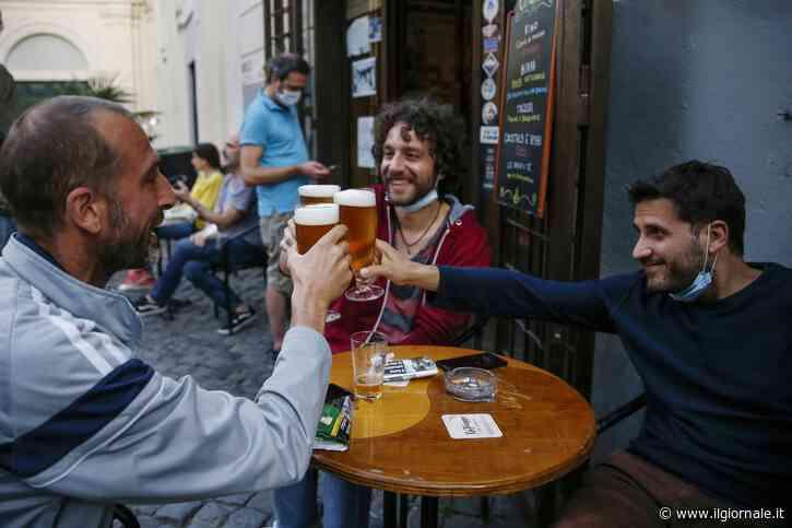 """La resa di bar e pub. """"Ragazzi, si chiude"""""""
