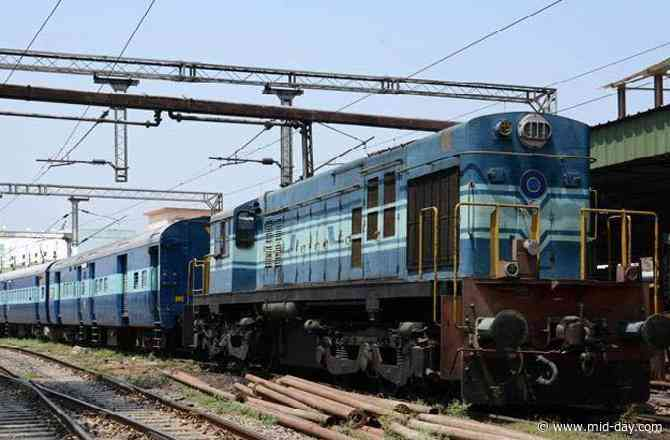 Coronavirus outbreak: Indian Railways to open ticket booking counters from May 22