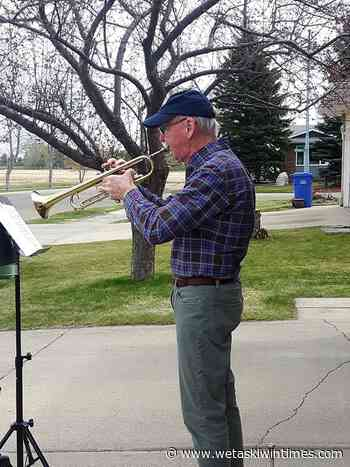 Proud Canadian copes by performing in driveway - Wetaskiwin Times Advertiser