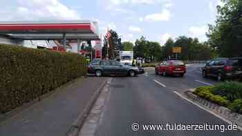 BMW fährt Moped bei Ausfahrt aus Tankstelle an - Fuldaer Zeitung