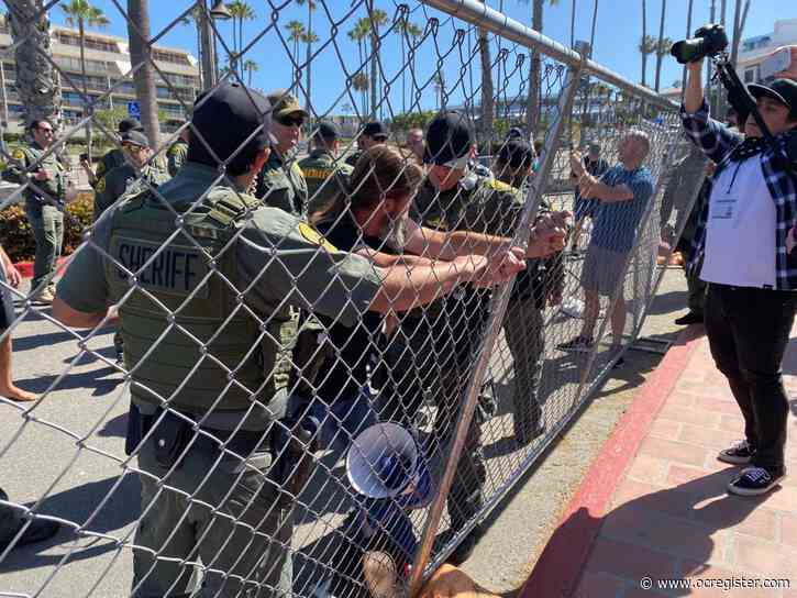Arrests made at San Clemente rally fighting stay-at-home order