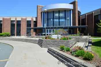 East Greenbush schools below tax cap while keeping positions