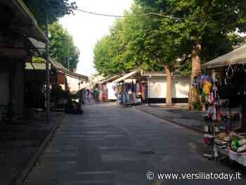 Mercato spostato da piazza Cavour: scelta discutibile, secondo il Pd di Viareggio, penalizzante per le attività produttive del centro cittadino - Versiliatoday.it