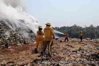 Incendio en el basurero de Uruapan detona alerta ambiental - La Voz de Michoacán