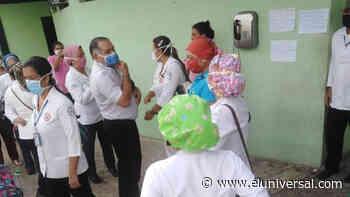 Médicos y enfermeros exigen protección en Hospital de Santa Bárbara de Barinas - El Universal (Venezuela)
