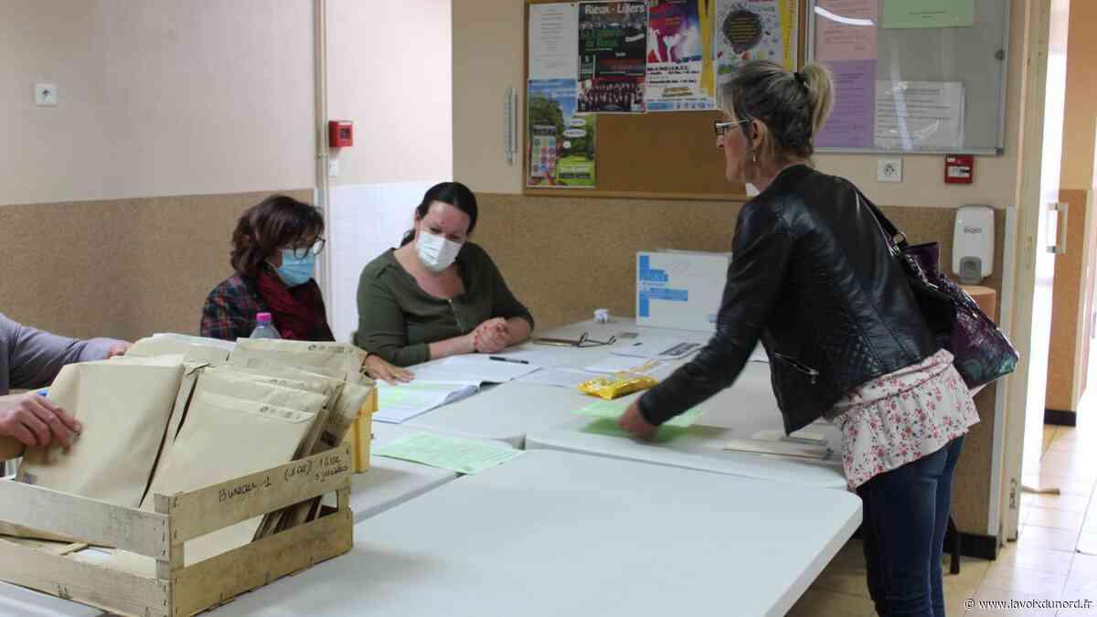 À Lillers, seulement 4 000 masques sur les 11 000 promis par la Région distribués - La Voix du Nord