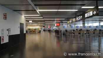 COMMENT ÇA SE PASSE - À l'aéroport de Vienne, à l'heure des tests express - France Inter