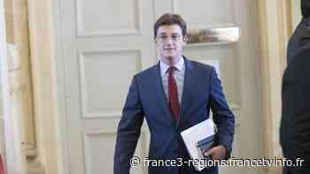 Le député de la Vienne Sacha Houlié dit oui aux fumigènes et à des sanctions plus souples pour les suppor - France 3 Régions